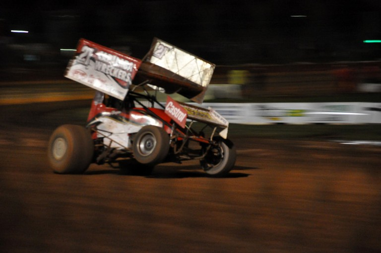 Sprint car at the Sydney Speedway © Tom Reynolds / Flickr