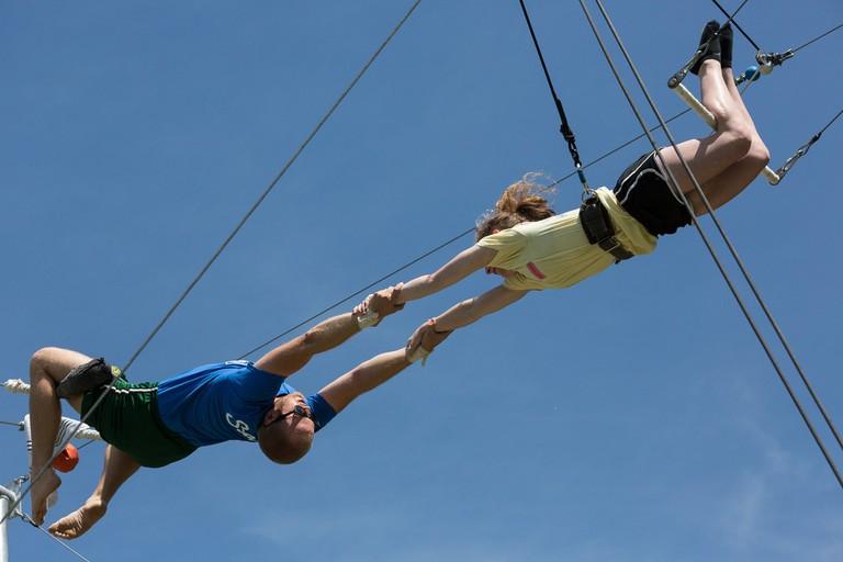 Trapeze Catch