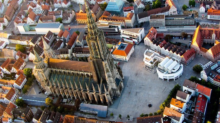 ulm-cathedral-1169940_1280