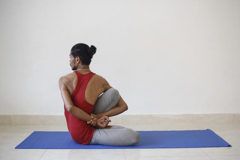 yoga-2252900_1920