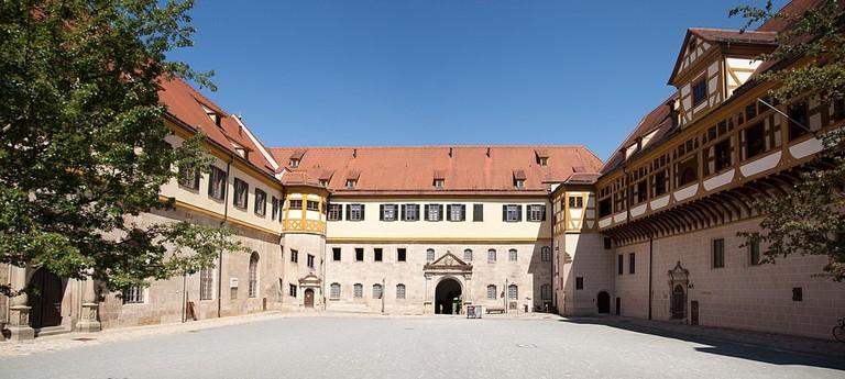 1024px-Schloss_Hohentübingen_1