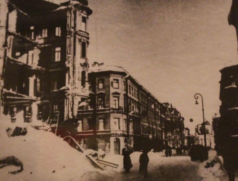 1184px-Siege_of_Leningrad_IMG_3268