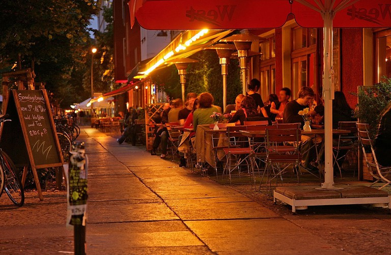 Pubs for outdoor seating in the Simon-Dach-Straße