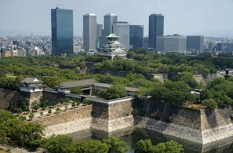 Osaka-Castle_osaka_japan