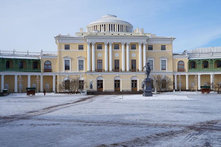 1200px-Saint-Pétersbourg.-_palais_de_Pavlovsk_(2)