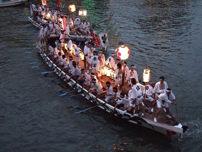 Tenjinmatsuri_boat-procession_osaka