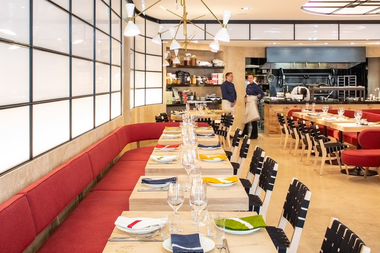 ROVI has coloured napkins, which bring interest to the space