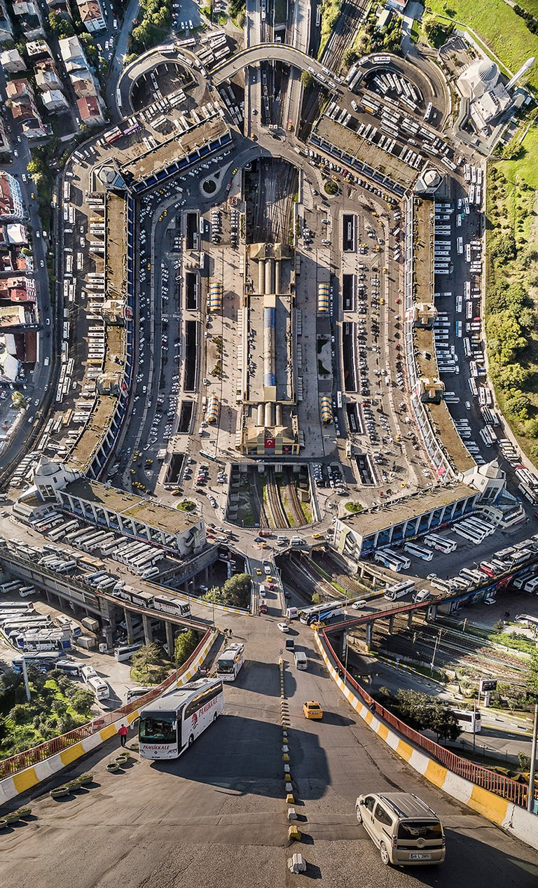 aydin-buyuktas-flatland-warped-cityscapes