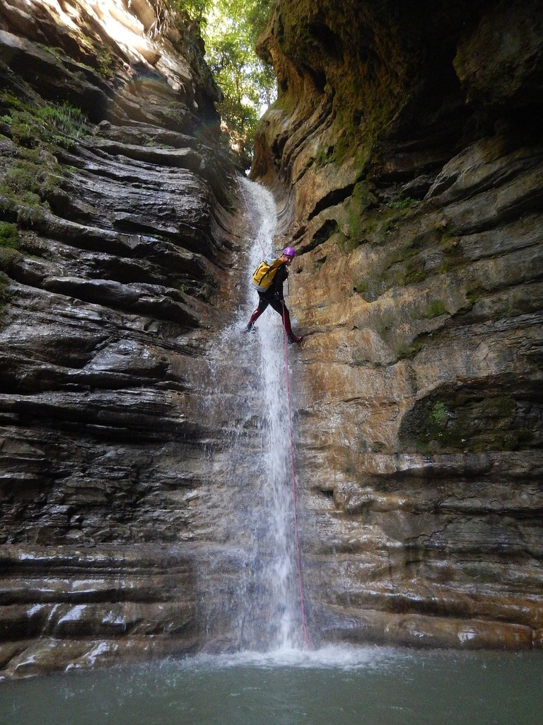 canyoning-descent-1816416_1280