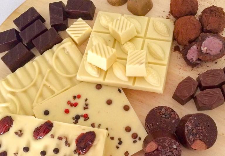 Ishq_Artisan_Chocolates_souvenirs_Jordan