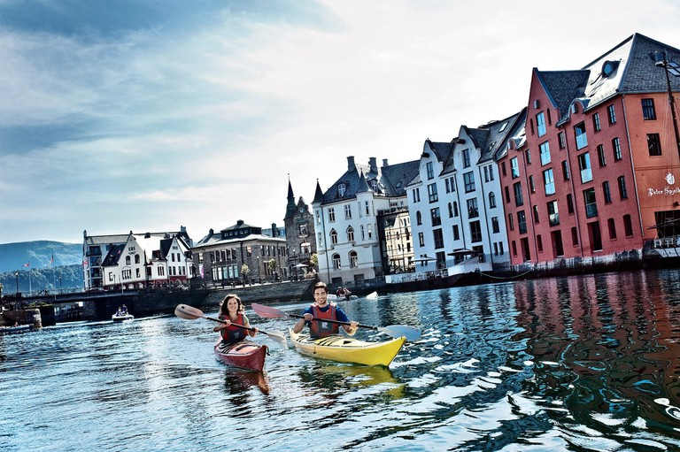 Kayaking in Ålesund