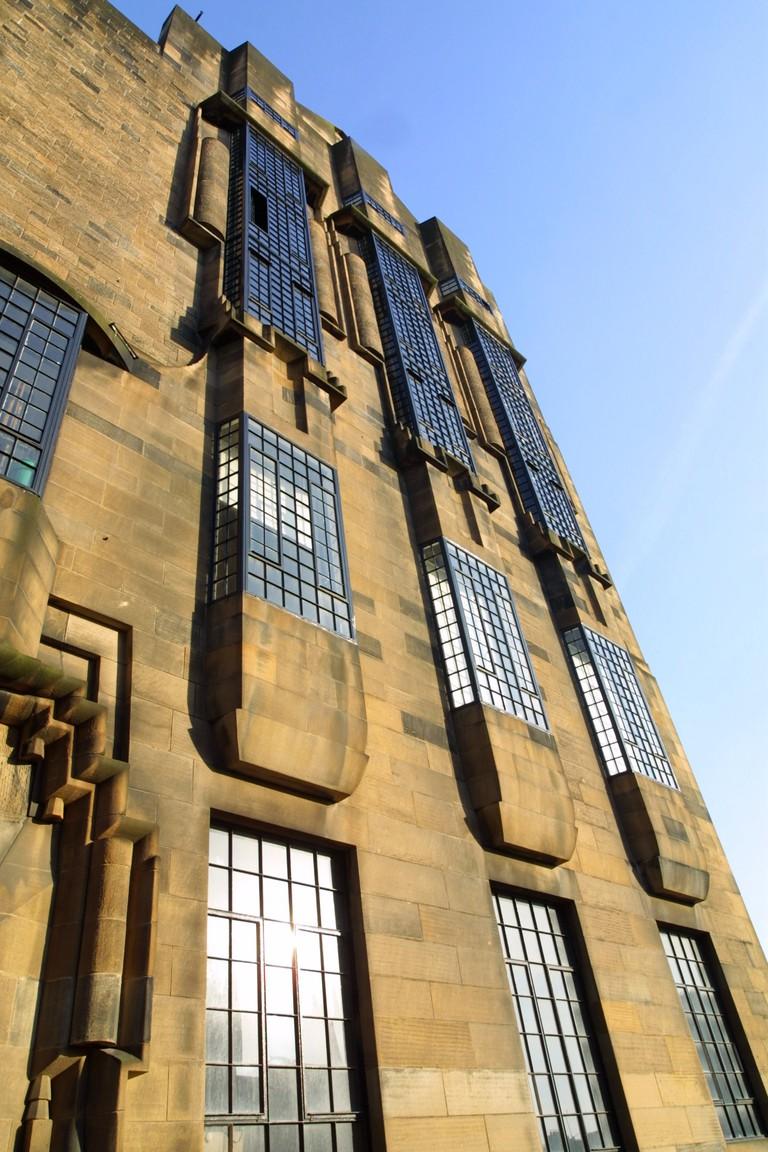 mackintosh-building-west-facade-2_2946870428_o