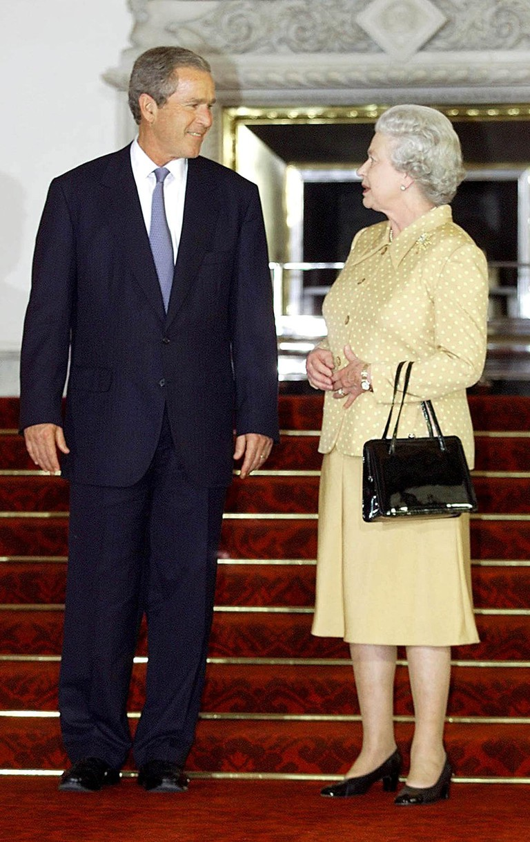 Us President George W Bush and Queen Elizabeth