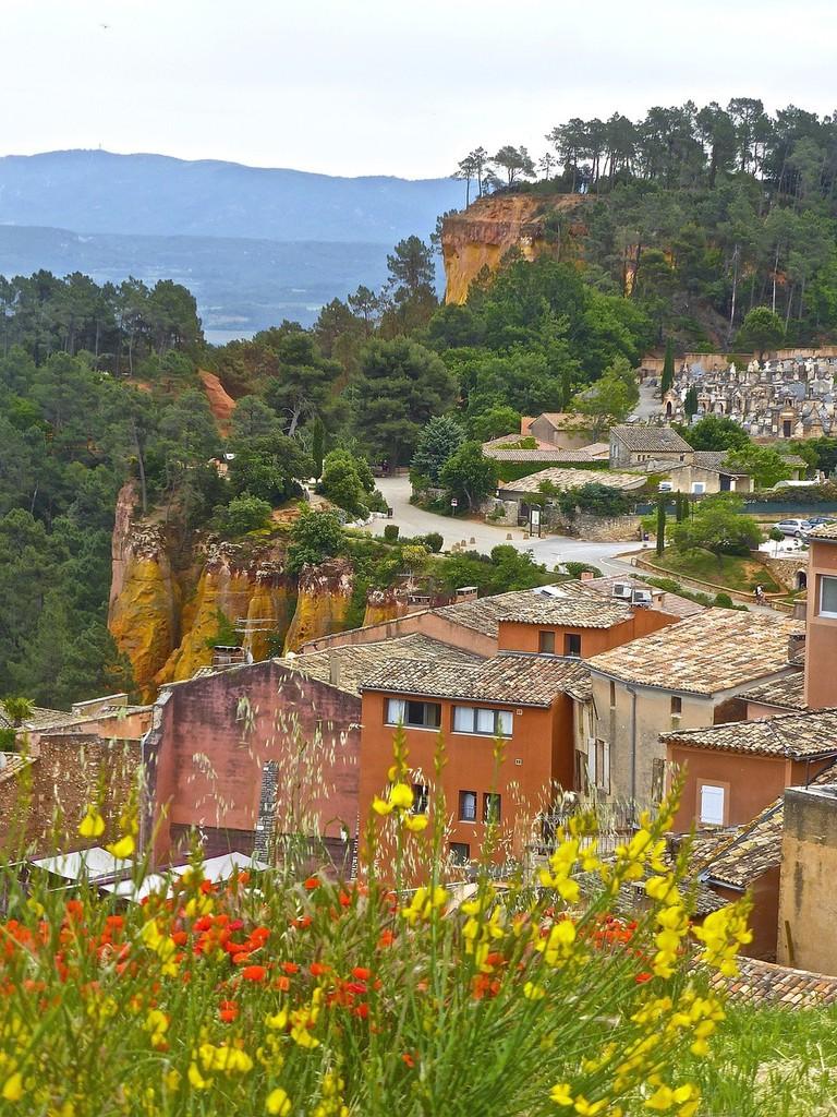 The village of Roussillon |© MemoryCatcher / Pixabay