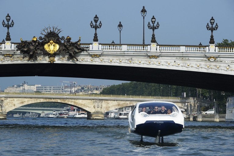 SeaBubbles are the new mode of travel in Paris