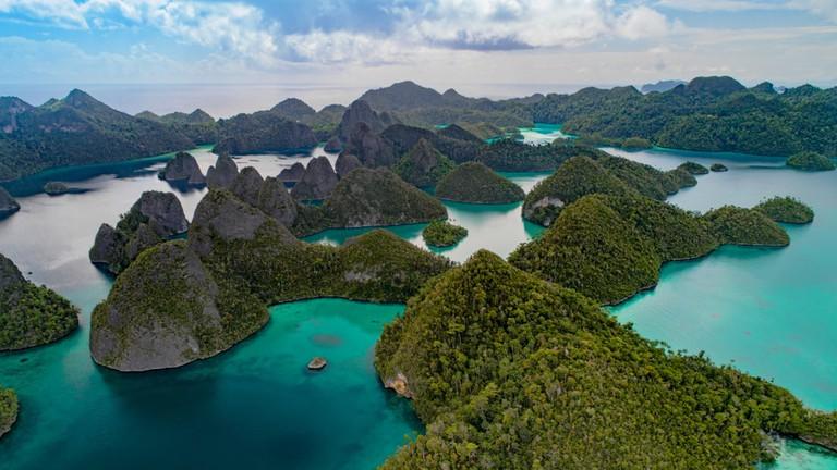 Karst Paradise, Indonesia