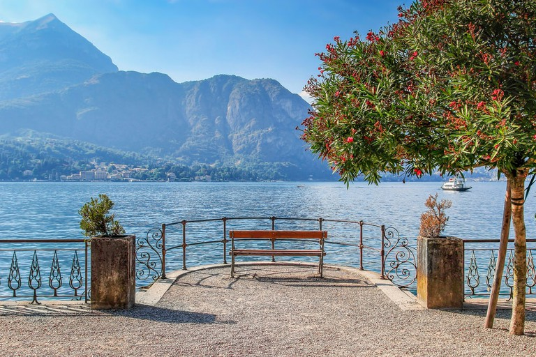 A quiet spot to admire Lake Como in the town of Bellagio, Lombardy, Northern Italy