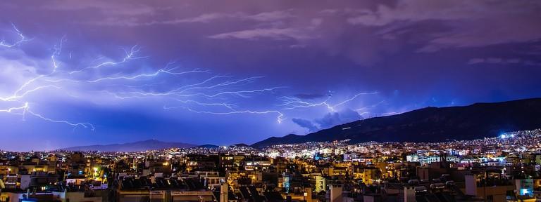 thunder-1368797_1280