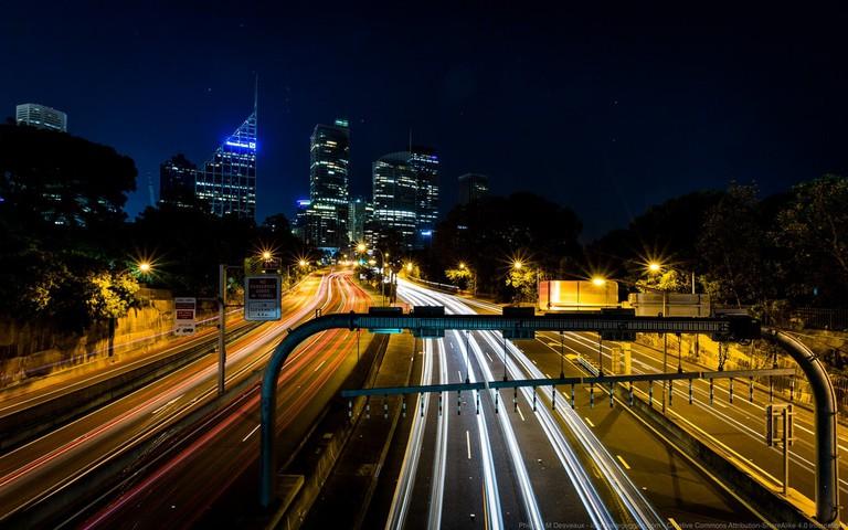 Traffic in Sydney © Phil Desveaux / Flickr