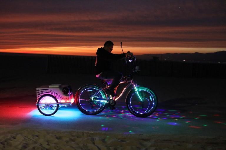 bicycle-lights-beach-Venice
