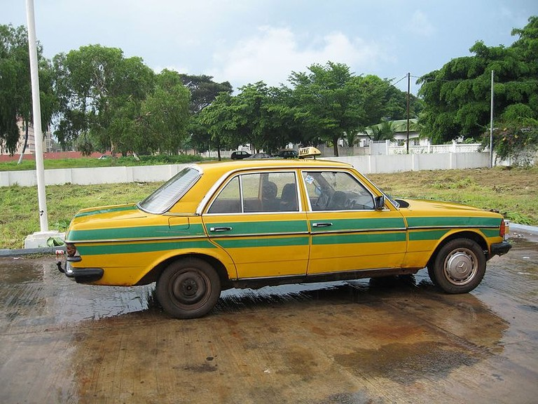 W123_Taxi,_The_Gambia_(3518515282) (1)