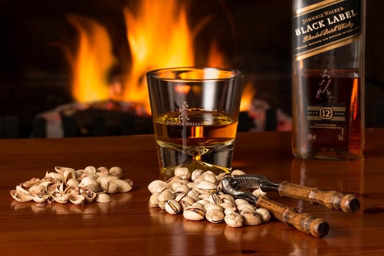 whisky-3450670_1920