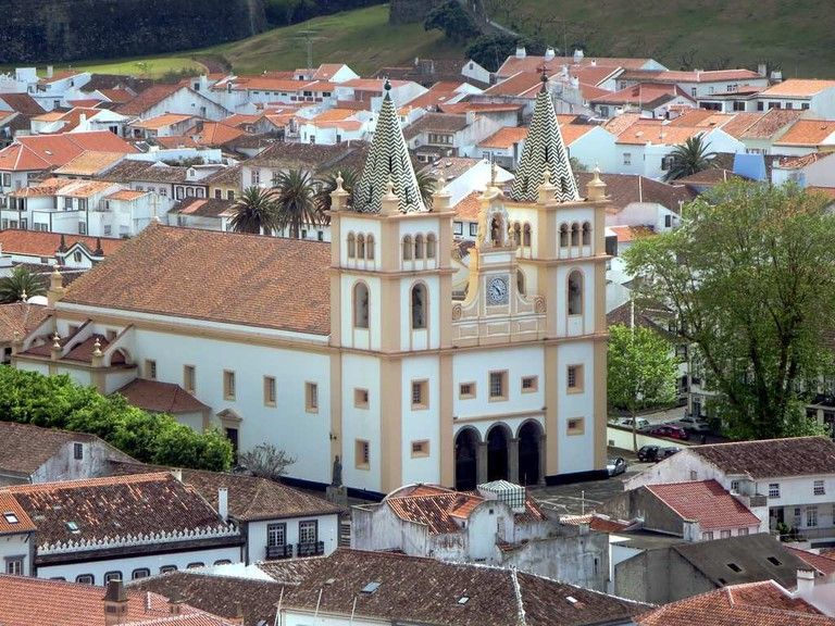 Construction on Se Cathedral in Angra do Heroísmo, Terceira, Azores, began in 1570