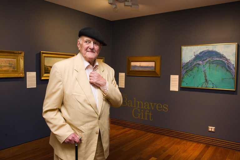 John Olsen gifts a painting of Sydney Harbour to Mosman Council © Mosman Council / Flickr