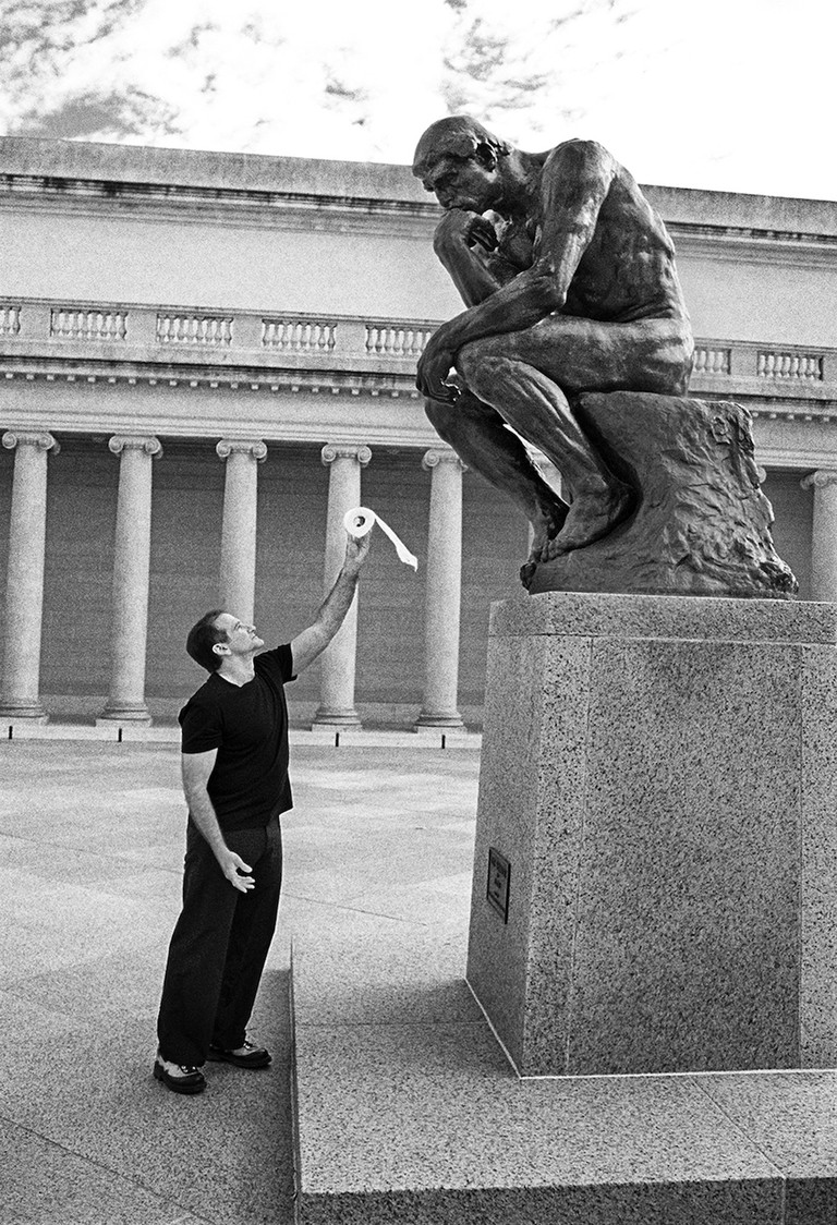 Robin Williams with 'The Thinker' by Auguste Rodin