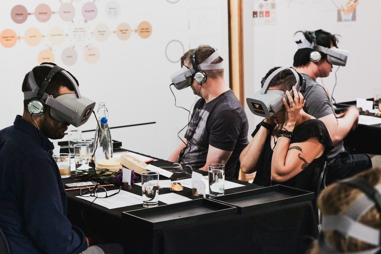 VR Dinner (1 of 1)