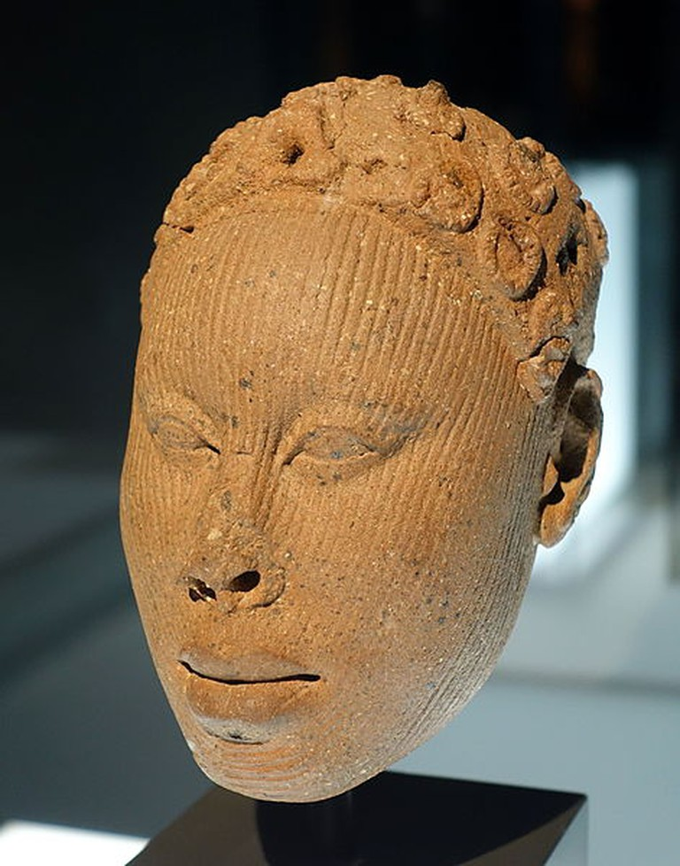 Bust_of_a_king_or_dignitary,_Nigeria,_Ife,_12th-15th_century_AD,_terracotta_-_Ethnological_Museum,_Berlin_-_DSC02183 (1)