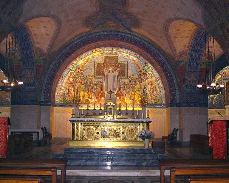 crypt basilica lisieux