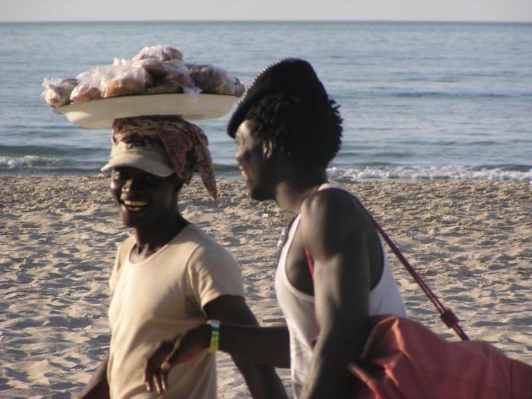 peanut sellers on the beach