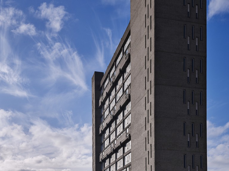Balfron Tower exterior 3- Colour