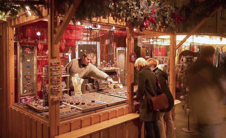 Market Waisenhausplatz