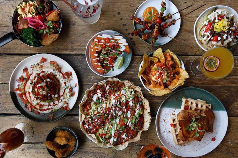 Food at The Spread Eagle pub in Hackney