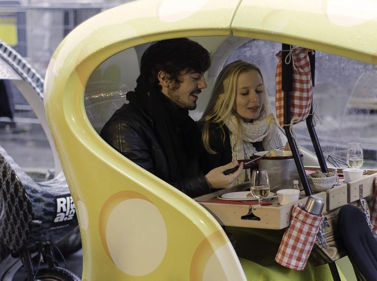 Cheese fondue tour
