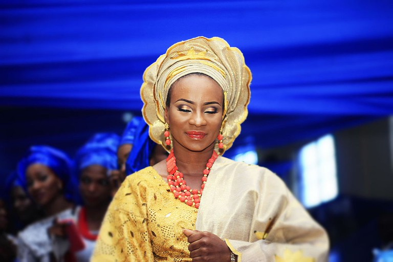 A Yoruba bride in traditional wedding attire
