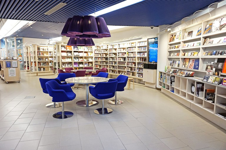 Tampere_City_Library_-_music
