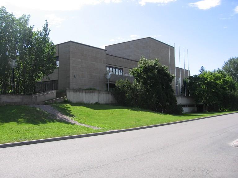 Tikkurilan_kirjasto