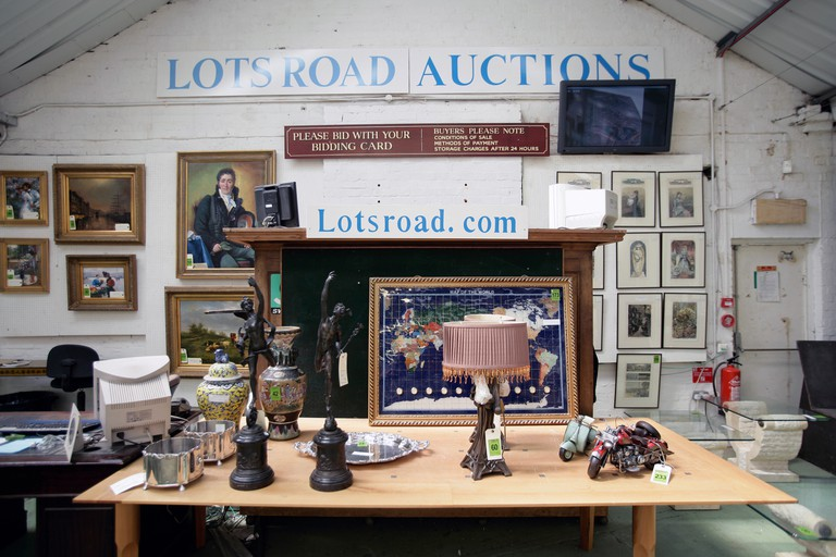Lots Road hosts weekly antiques auctions