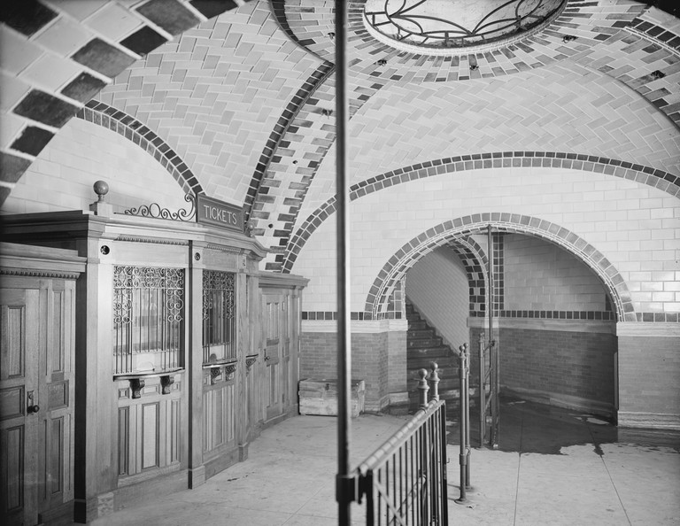 Ticket office, City Hall subway station, New York City, USA, circa 1903.
