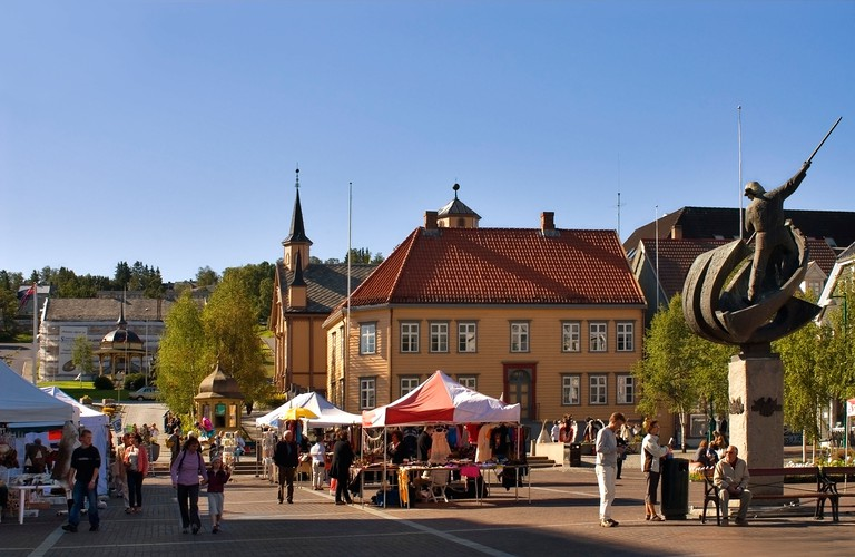 Market Place at city Tromso in North Norway with locals and tourists shopping at the stalls. Image shot 2008. Exact date unknown.