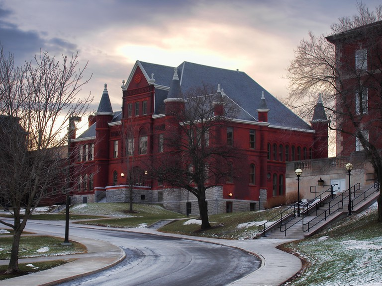 Syracuse, New York, USA. January 27, 2018. Tolley Hall, also known as Tolley Humanities Building on the campus of Syracuse University in Syracuse, New