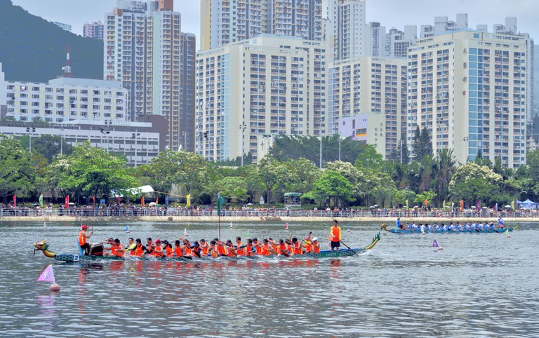 Dragon Boat race is the major event on the Dragon Boat Festival