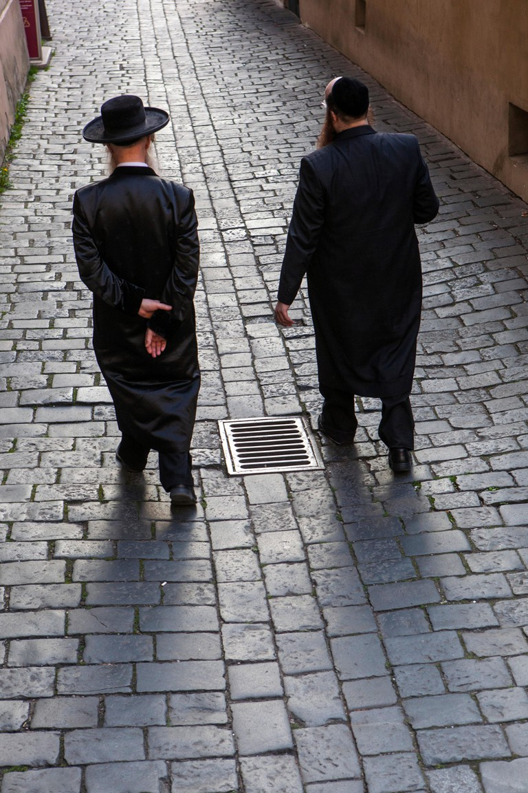 The Jewish quarter Josefov, Orthodox Jews in Cervena street, Prague, Czech Republic