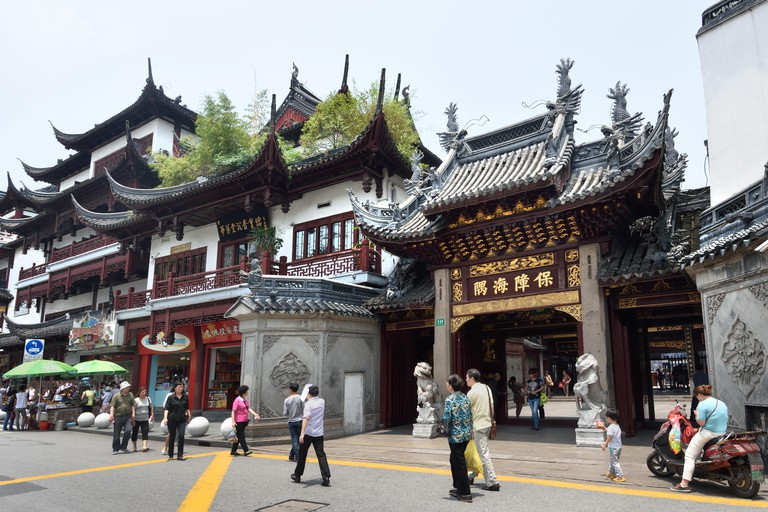 Yuyuan Garden Bazaar Old city shopping area  Shanghai China Chenghuang Miao Temple, the City God Temple Chinese