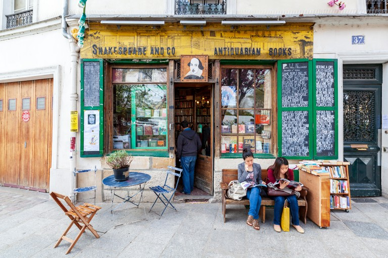 Shakespeare and Company Bookshop, Paris, France.