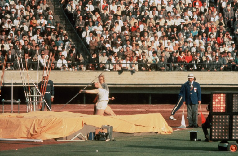 Olympics - Tokyo Olympiad / Tokyo Orimpikku - 1965