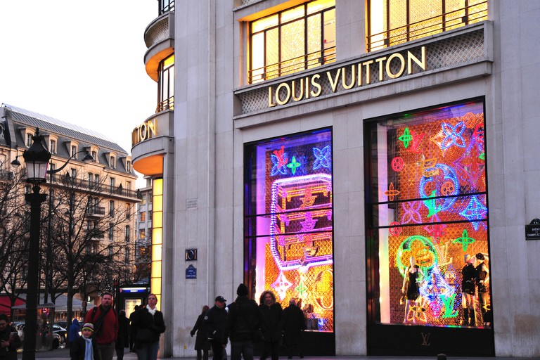 Paris, France, People Shopping, French Luxury Fashion Shop,  Louis Vuitton, Detail, Store Window, Avenue Champs Elysees